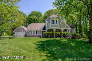 1884 Mont Rue Drive, Grand Rapids, MI 49546