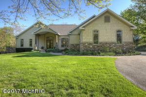 Property for sale at 6533 Creekwood Drive, Holland,  MI 49423