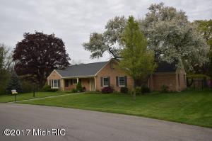 226 Edgehill, Grand Rapids, MI 49546