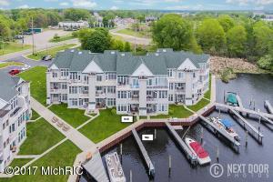 Property for sale at 2411 Lake Avenue Unit 10, Muskegon,  MI 49445