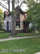 726 W Willard Street, Kalamazoo, MI 49007