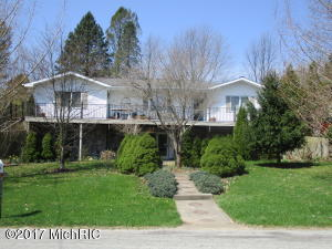 2204 Recreation Fennville, MI 49408