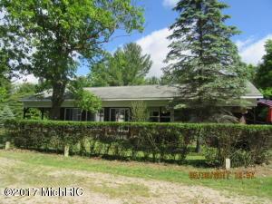 5385 21 Mile Road, Sand Lake, MI 49343