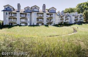 Property for sale at 820 S Harbor Drive Unit 12, Grand Haven,  MI 49417