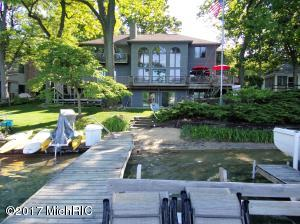 Property for sale at 462 E Gull Lake Drive, Augusta,  MI 49012