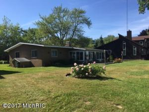 4971 Maple Coloma, MI 49038
