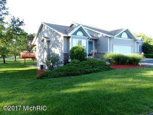 689 Glenvale Drive 10, Coopersville, MI 49404