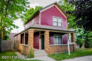 1039 Baldwin Street, Grand Rapids, MI 49506
