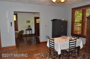 663 LUGERS ROAD, HOLLAND, MI 49423  Photo 4