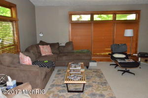 663 LUGERS ROAD, HOLLAND, MI 49423  Photo 6