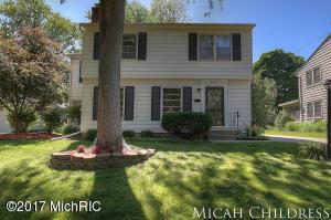 1853 Newton Avenue, Grand Rapids, MI 49506