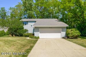 3459 Eastridge Court, Grand Rapids, MI 49525