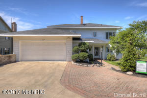 1165 Beach Drive, Holland, MI 49423