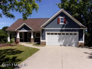 6413 Otis Road, Saugatuck, MI 49453