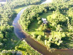 Property for sale at 15688 S 22nd Street, Vicksburg,  MI 49097