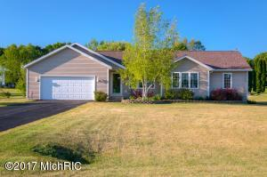 6935 Browmyer Drive, Rockford, MI 49341