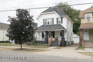 1351 Tamarack Avenue, Grand Rapids, MI 49504