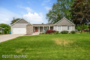 15485 Howard Street, Spring Lake, MI 49456