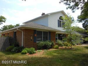 Property for sale at 622 Pinewood Street, North Muskegon,  MI 49445