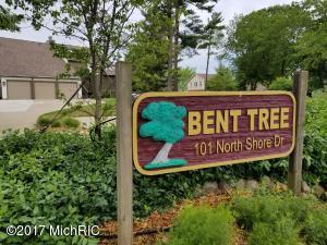 Property for sale at 101 North Shore Drive Unit 11, South Haven,  MI 49090