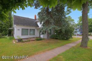 88 Muskegon Street, Cedar Springs, MI 49319