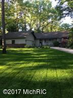 19355 Golfview Drive, Big Rapids, MI 49307
