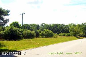 W Monroe Road, Pentwater, MI 49449