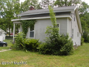 Property for sale at 710 W Walnut Street, Hastings,  MI 49058