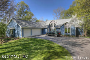 4121 Maracaibo Shores Avenue, Grand Rapids, MI 49546