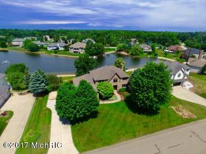 156 Bay Meadows Drive, Holland, MI 49424