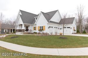 271 Saddleback Drive, Grand Rapids, MI 49525
