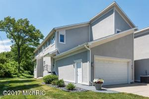 Property for sale at 3690 Woodgate Drive Unit 14, St. Joseph,  MI 49085