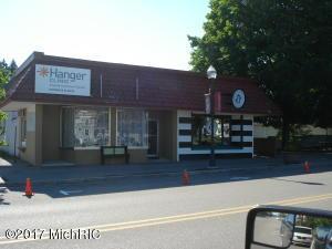 225 S Michigan Avenue, Big Rapids, MI 49307