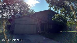 4151 Holyoke Drive, Grand Rapids, MI 49508