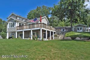 Property for sale at 3810 S Shore Drive, Delton,  MI 49046