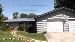 Property for sale at 9271 E Colby Road, Crystal,  MI 48818