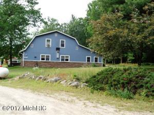 Farm / Ranch / Plantation for Sale at 7622 Washington White Cloud, Michigan 49349 United States