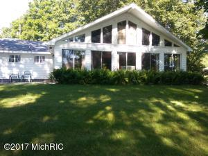 Single Family Home for Sale at 7124 Robinwood Fremont, Michigan 49412 United States