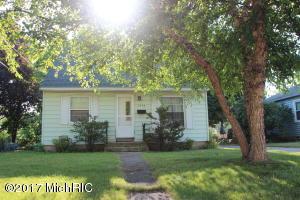 3356 Birchwood Avenue, Grand Rapids, MI 49548