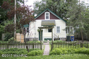 410 Garfield Avenue, Grand Rapids, MI 49504