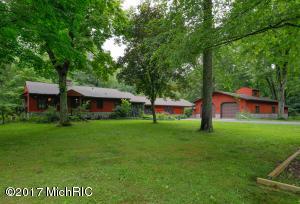Single Family Home for Sale at 38334 Whiskey Run Mattawan, Michigan 49071 United States