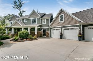 11441 Ridgeview Lane, Grand Rapids, MI 49534