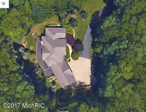 3369 Blue Water Pines Dr NE, Grand Rapids, MI 49525
