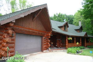 16250 Wildwood Valley Drive, Cedar Springs, MI 49319