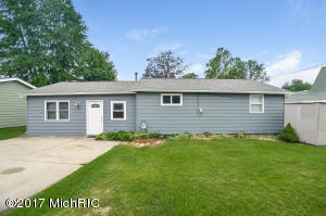 12959 Valley Drive, Wayland, MI 49348