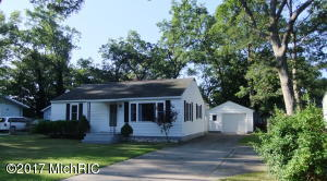 Single Family Home for Sale at 2373 Broadway Muskegon, Michigan 49444 United States