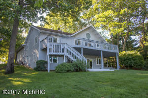 Single Family Home for Sale at 15386 McLeans Spring Lake, Michigan 49456 United States