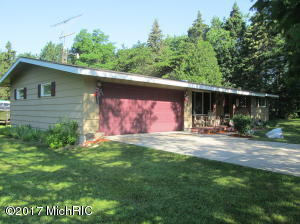 Single Family Home for Sale at 2050 Cherry Manistee, Michigan 49660 United States