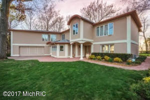 Single Family Home for Sale at 1180 Rocky Gap Road Benton Harbor, Michigan 49022 United States