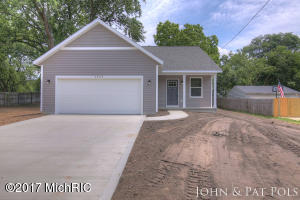 3900 Burlingame Avenue, Wyoming, MI 49509
